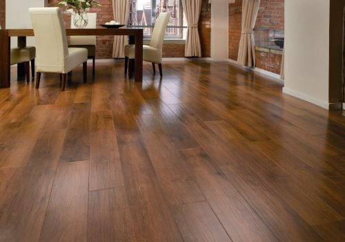 Laminate Floor Fitting In The Home Or Business | Malvern Flooring